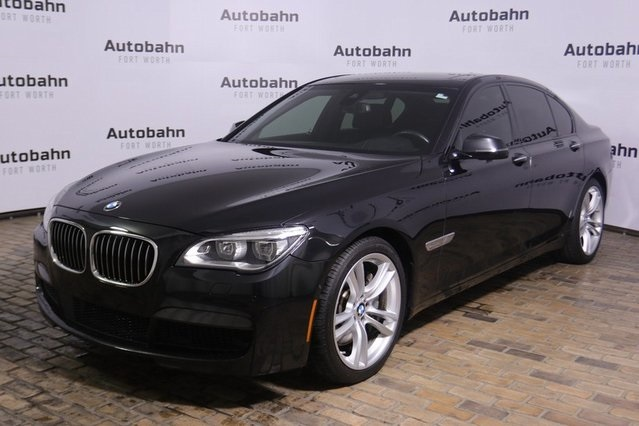 Pre-Owned 2015 BMW 7 Series 750i