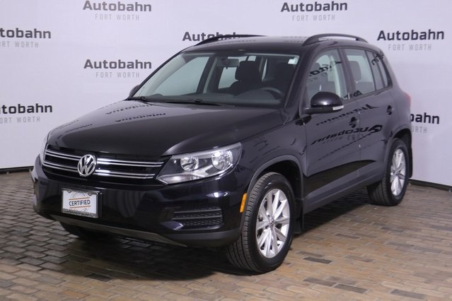 Pre-Owned 2017 Volkswagen Tiguan Limited sale pending aw
